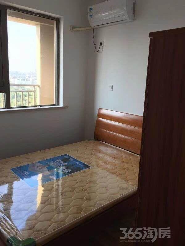 镇江新城吾悦广场3室2厅1卫105平米2010年产权房精装