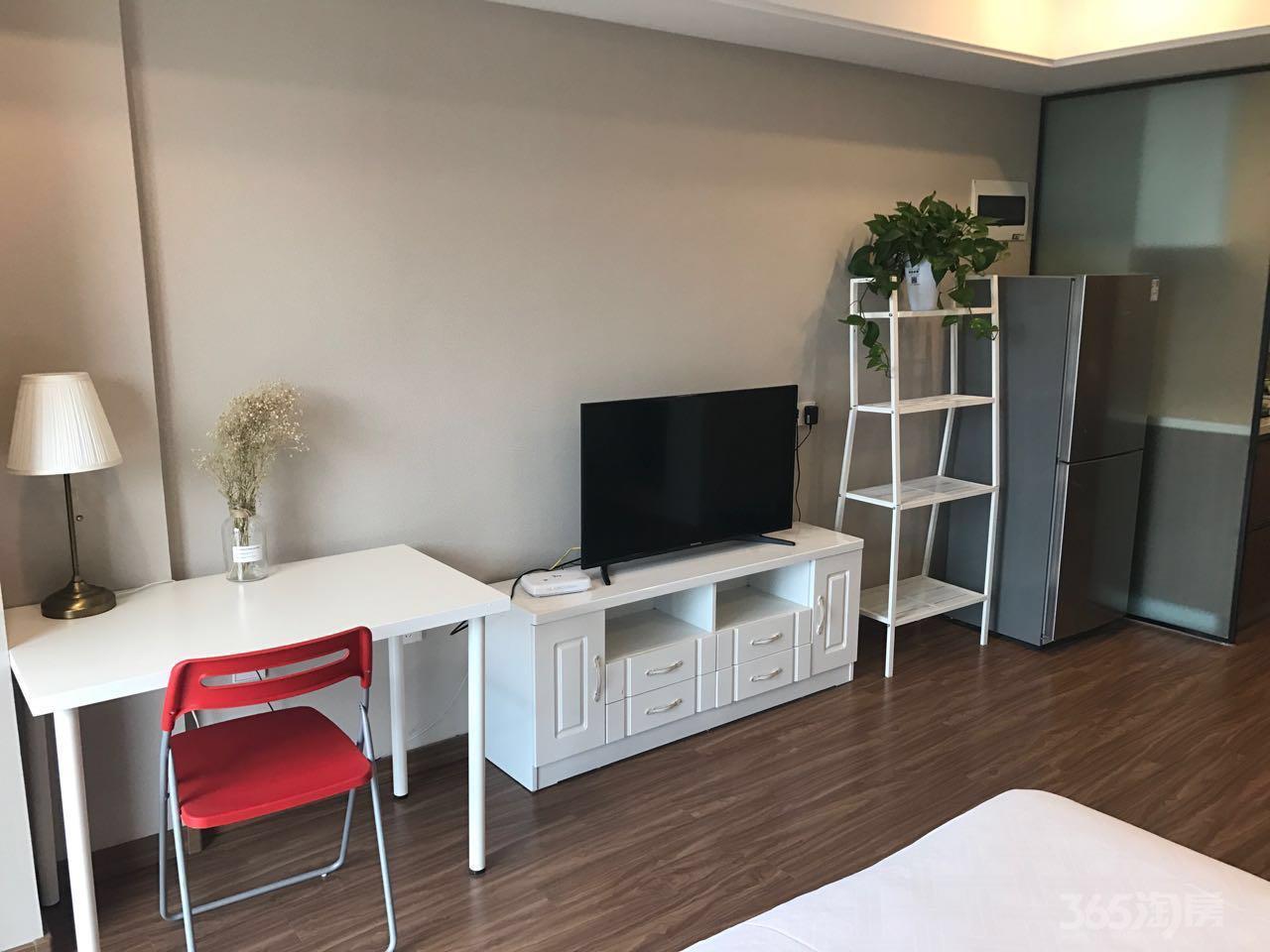 万科九都荟公寓1室1厅1卫49平米精装产权房2017年建