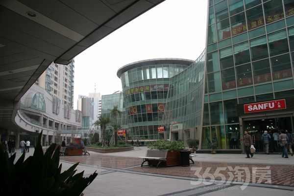 钟楼南大街商业步行街88�O