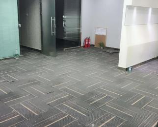 万达广场5A写字楼 新出房源 正对电梯口 朝南户型 108平精