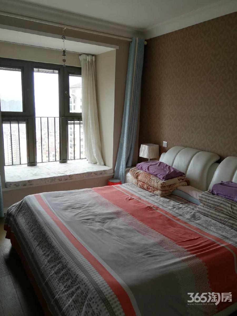 万科金域蓝湾3室2厅2卫139.33平方产权房精装