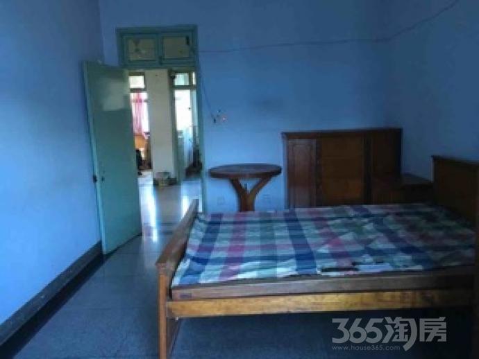 钟楼花园新村3室1厅63�O