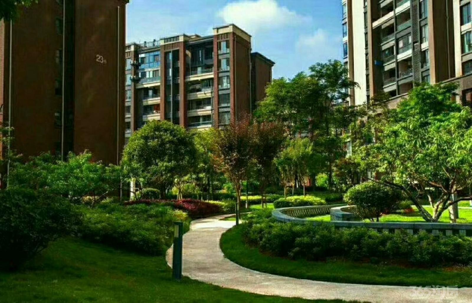 保利未来城市3室2厅2卫106平米1年产权房毛坯