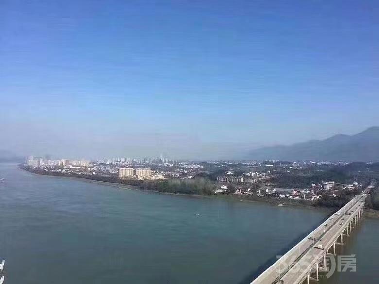 杭州落户看过来桐庐春江燕语首付20万现房直接落户