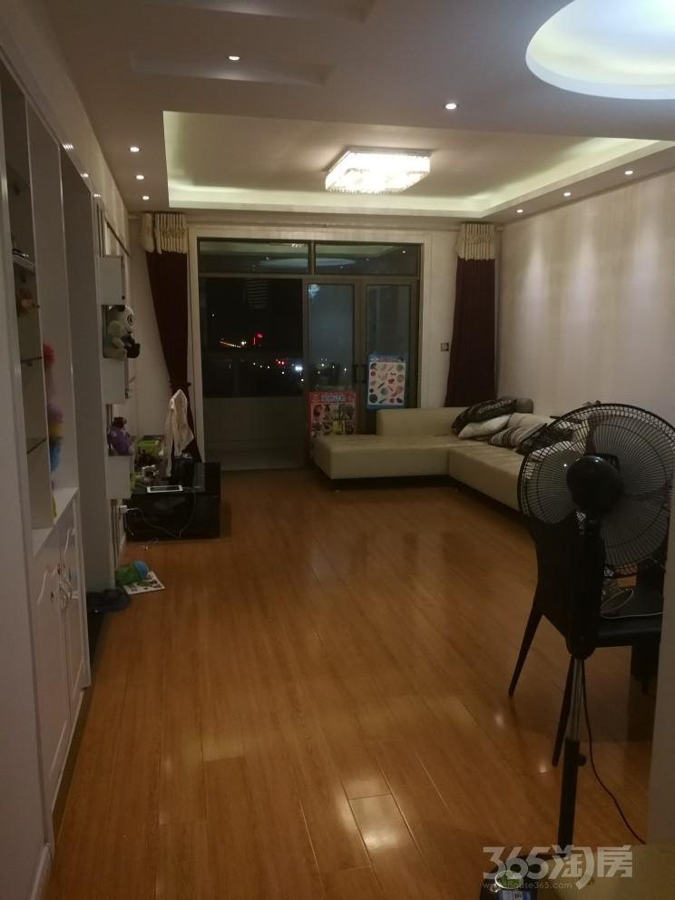 天安都市花园3室2厅1卫107.14平米2012年产权房精装