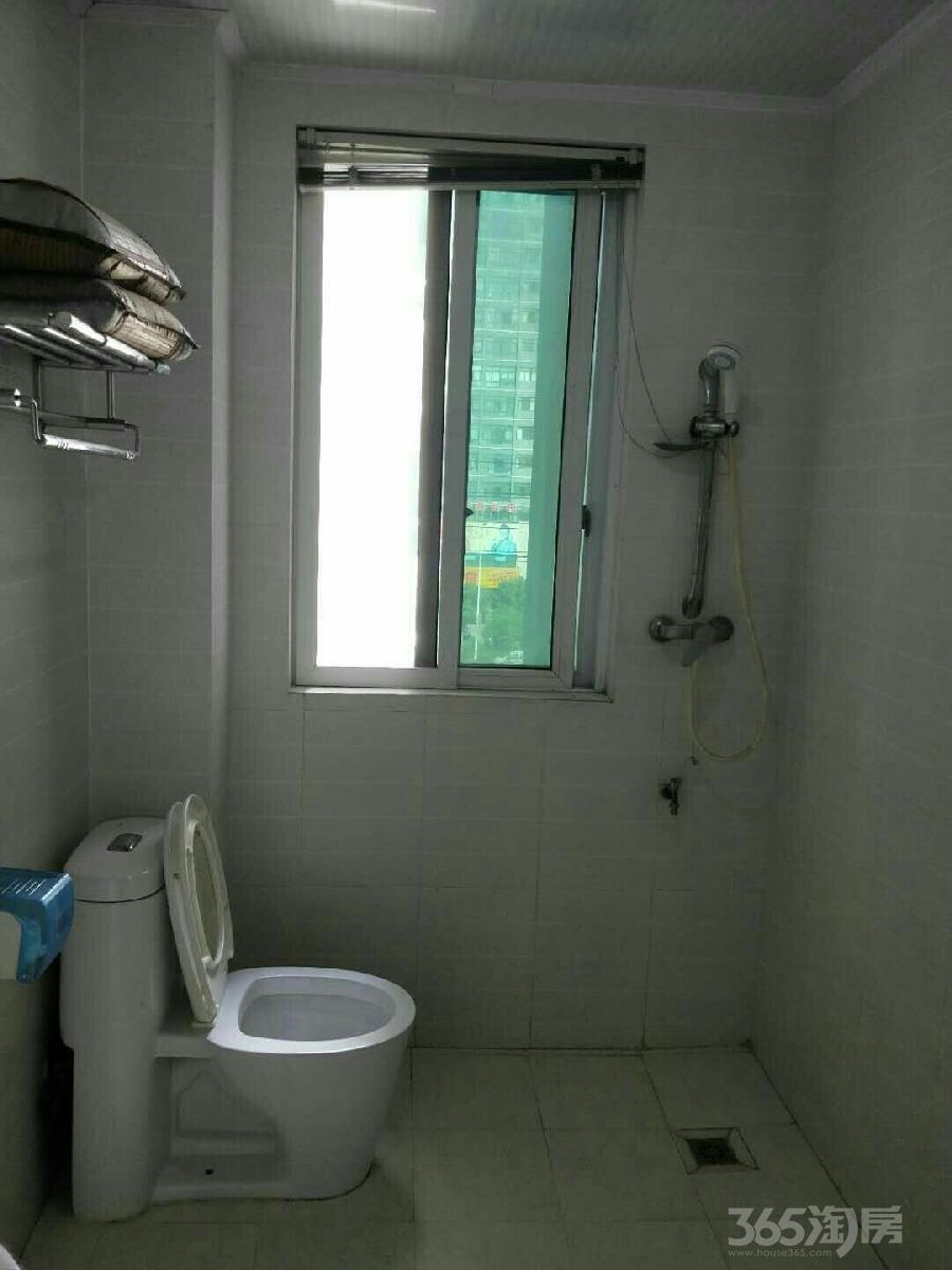 超低价格万达商圈圣美阳光家园2室2厅2卫100平米整租中装