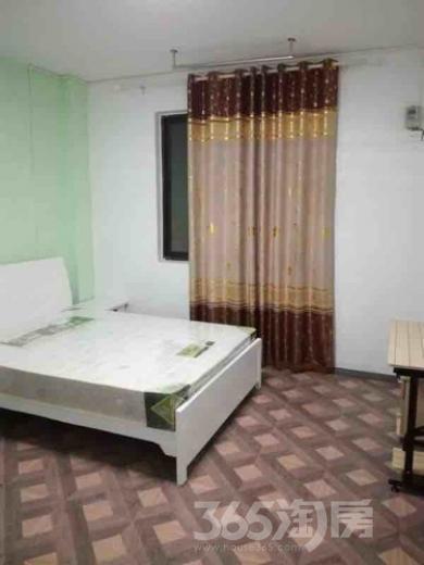 仓溢东苑2室1厅3卫20平米合租中装