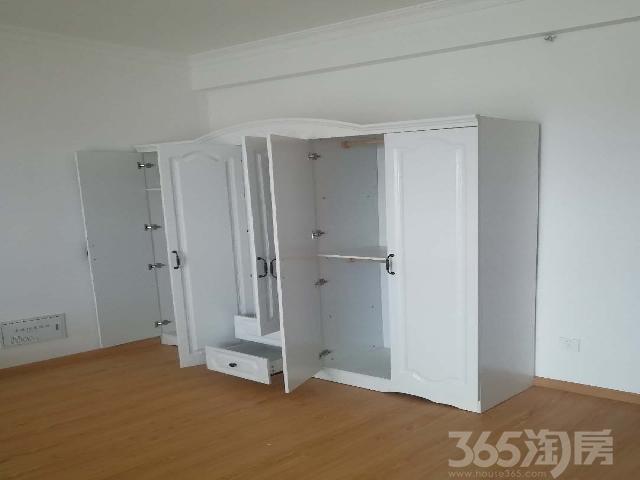 首租精装修电梯公寓,租金仅需1200,拎包入住,家具家电齐全