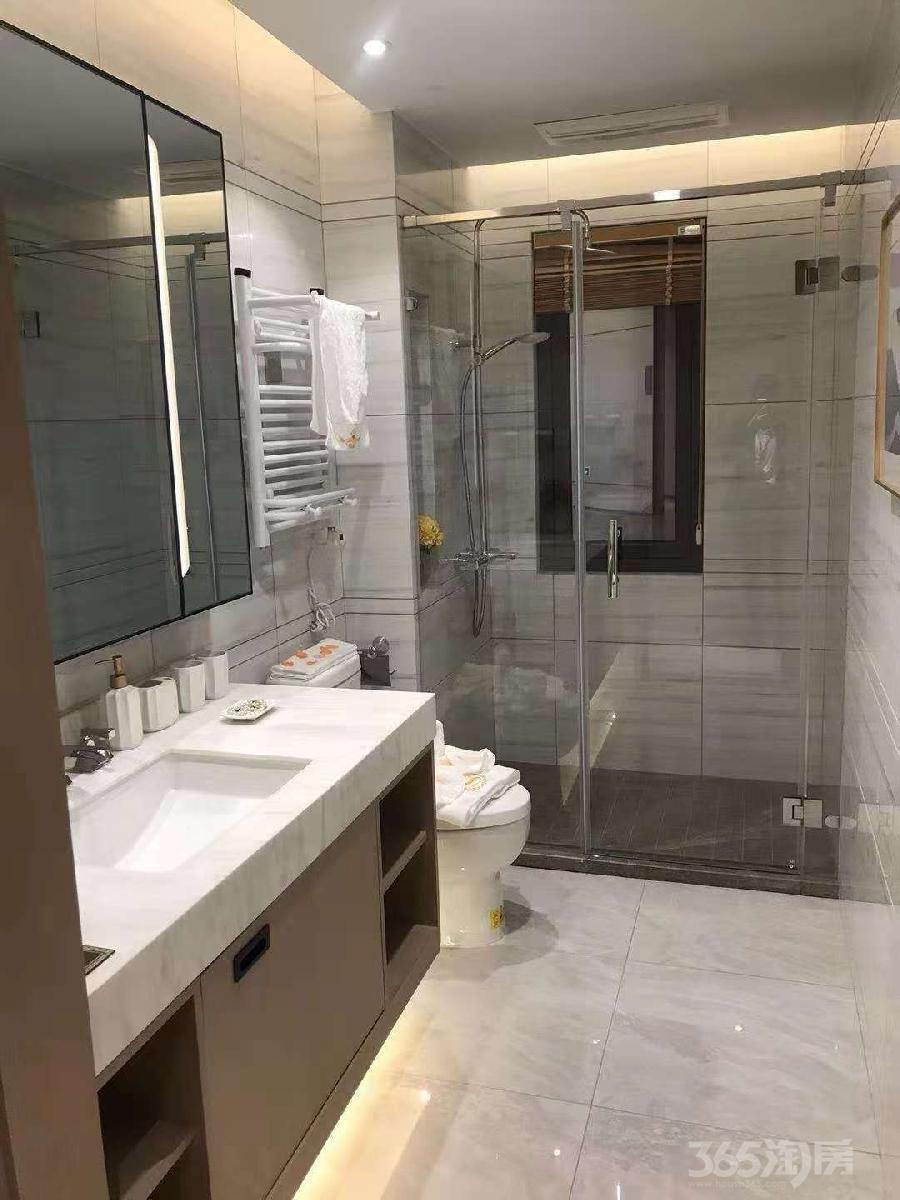 石榴紫金院子3室2厅2卫105平米2015年产权房精装