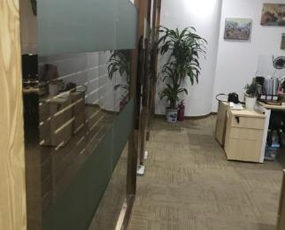 无佣jin 地铁口一分钟 电梯口绝佳位置 新空出 非常稀缺户
