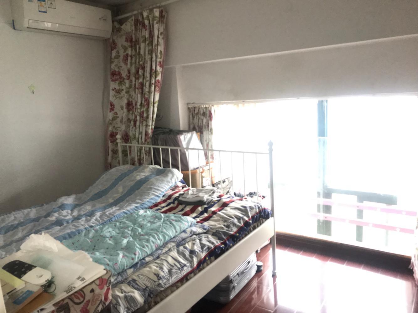 亲水湾花园2室1厅1卫60㎡138万元