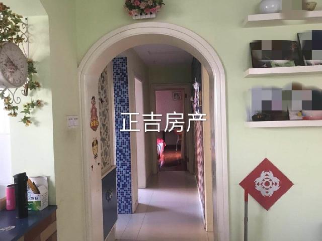 铁佛花园 电梯房 精装修3房 116平米 售一口价145万 无税