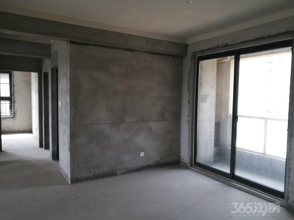 中山首府3室2厅1卫119.6平米2018年产权房毛坯