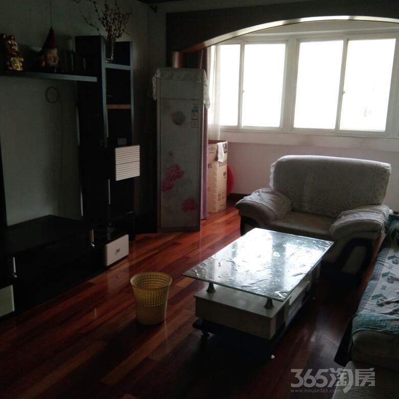 金湾小区3室2厅1卫107平米整租精装