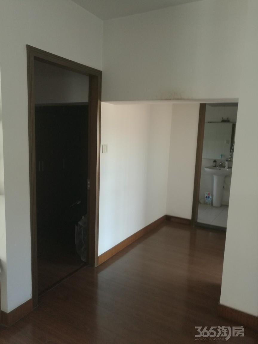张家港东苑小区5室4厅3卫227�O