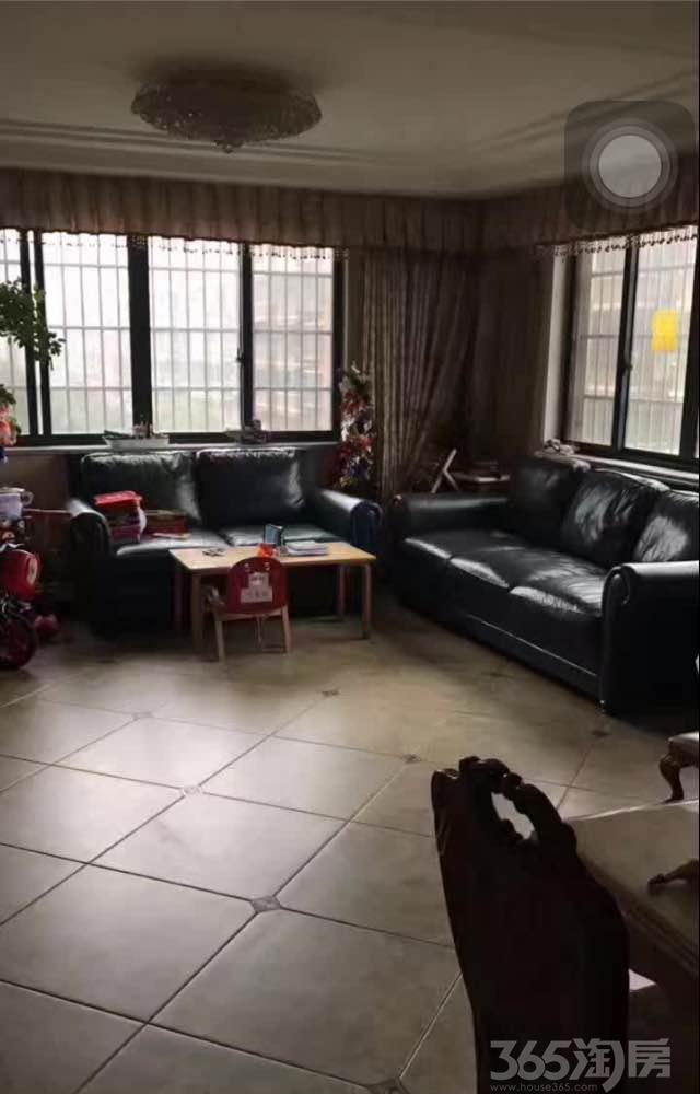 洛洲小区3室2厅2卫138㎡2013年产权房精装