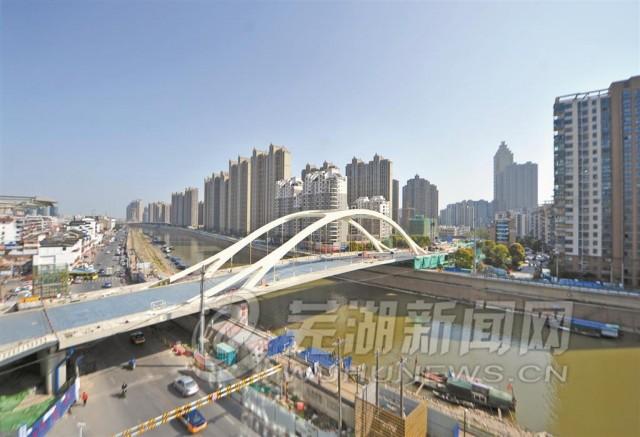 """中山桥""""穿新装"""" 有望4月下旬具备通车条件(图)"""