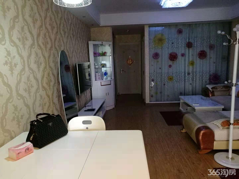 仙林经天路地铁站附近,仙林悦城2室1厅1卫80�O整租豪华装