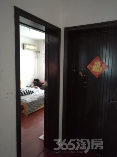 湖畔春天3室2厅1卫122平米整租中装