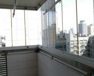 金鹰国际花园3室2厅2卫150�O整租精装