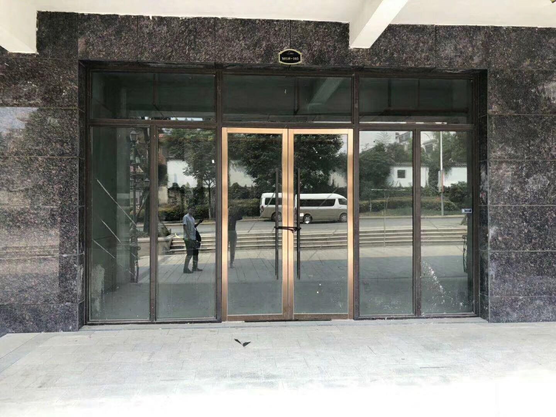 宝信润山115平米2018年空铺毛坯