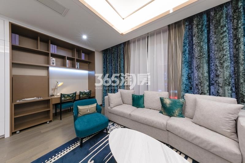 阳光100喜马拉雅B户型样板间-客厅