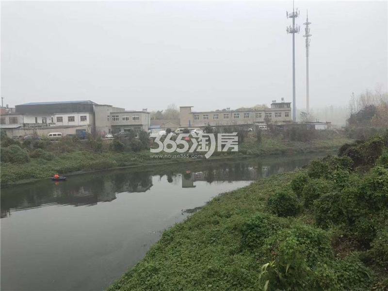 信达溪岸观邸周边环境实景图(2018.12.04)