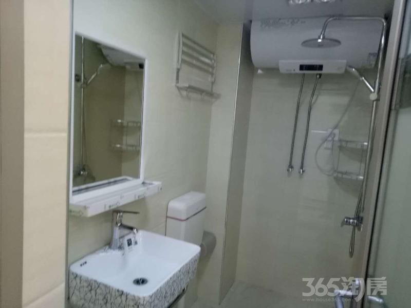 保利香槟国际3室1厅2卫91平米整租豪华装