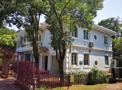 帝豪花园别墅4室2厅3卫194平米精装整租