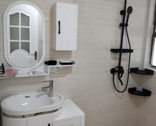 一方城2室1厅1卫90平米精装全新房整租