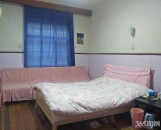 峨嵋路4室1厅1卫15.00平米合租简装
