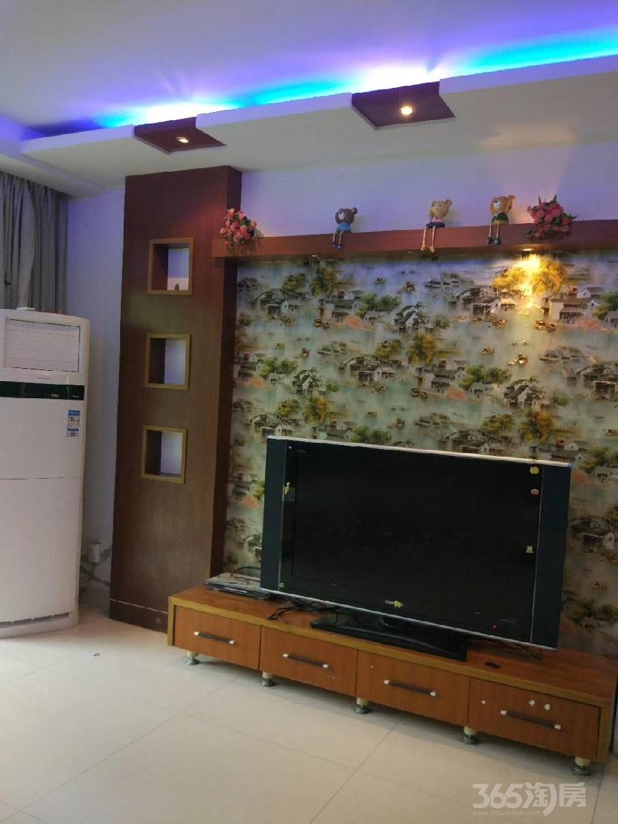 S半岛清水湾花园3室2厅2卫135平米整租精装