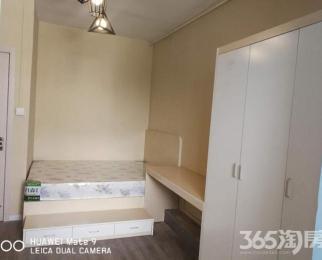 个人出租山西路军人俱乐部对面建伟大厦旁精装一室一厅