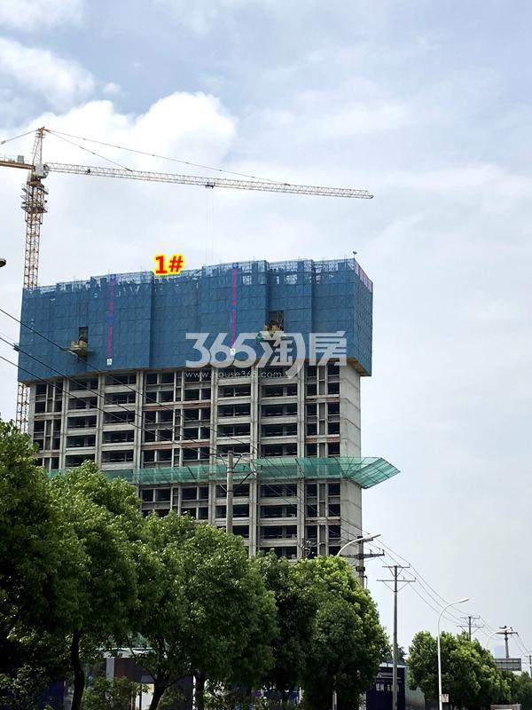 银城东樾府1#楼高层工程进度实景(2018.6摄)