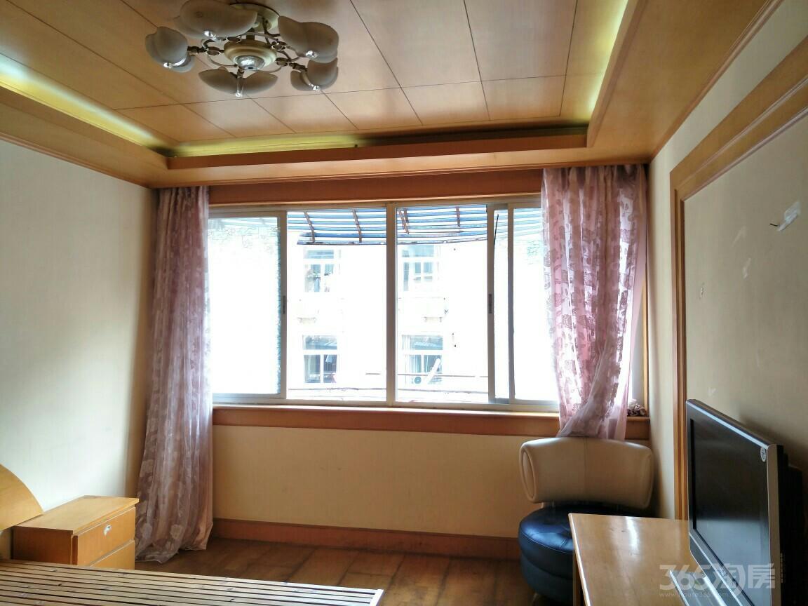 渡春花园2室1厅1卫63.5平米2000年产权房精装
