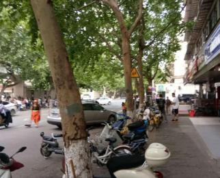 鼓楼汉中门凤凰西街沿街商铺280平方租金40万转 可开饭店