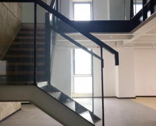 桥北纯写字楼 政府产权 4.8米挑高复式 租一层送一层 精装