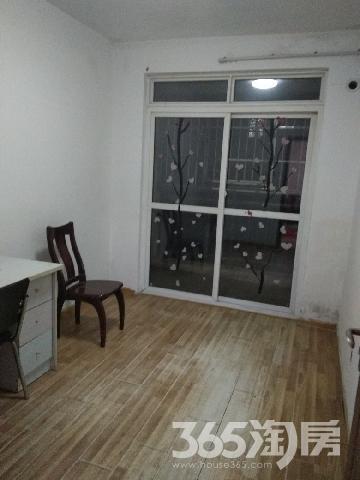弋江家园架空层1楼,中装修,家电齐全,小区环境优美,