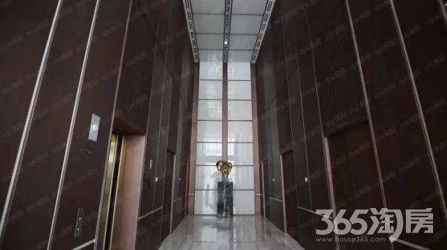 绿地中心2000�O整租毛坯
