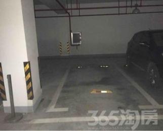 先锋青年公寓13.16平米车库