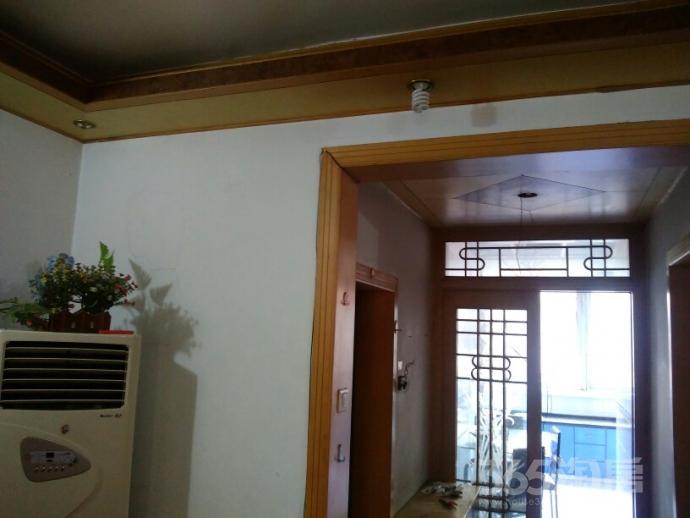 铜沛路四监宿舍2室2厅1卫70平米1998年产权房精装