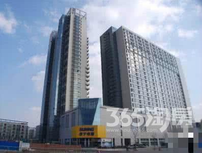 同曦新贵之都3室2厅2卫130平米简装产权房2012年建