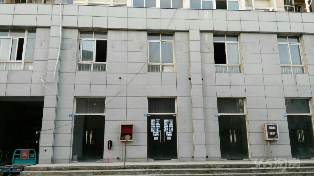 出租六合龙池茉莉江苏文化产业博览园地铁口商铺。可月付房租。