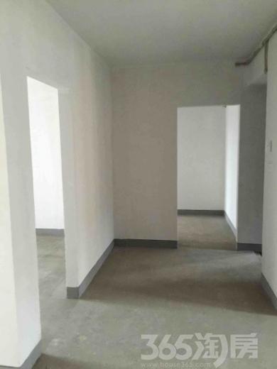 白金湾3室2厅2卫142平米2013年产权房毛