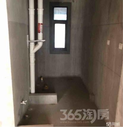 佳源中央城2室1厅1卫85平米毛坯产权房2016年建