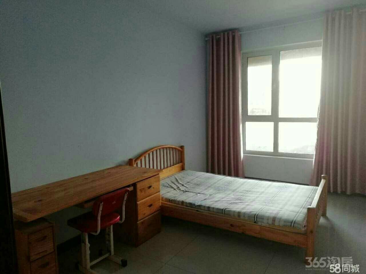 翠湖庄园3室2厅2卫145平米整租简装
