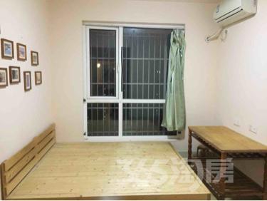 仙林悦城2室2厅1卫62.96平米整租精装