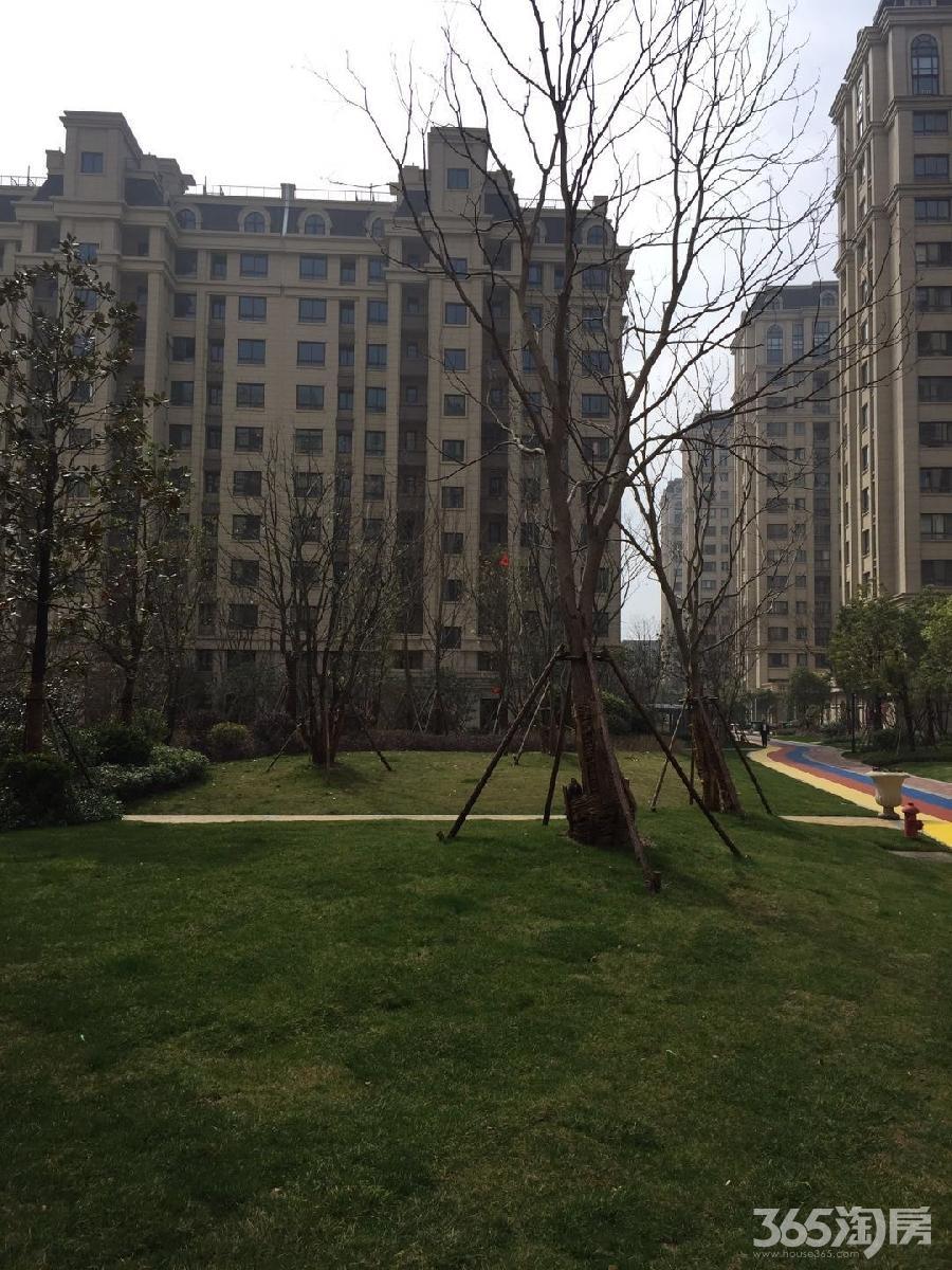 新华联梦想城 精装二居 仅1500 看着舒心 住着放心