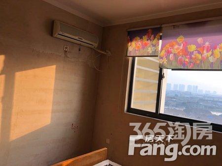 聚湖家园2室2厅1卫90�O整租简装
