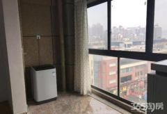 中央城财富街单身公寓,空间很大